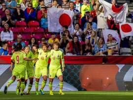 Las jugadoras de Japón celebran un gol ante la selección de Camerún, disputado en Vancouver, el pasado 12 de junio. EFE