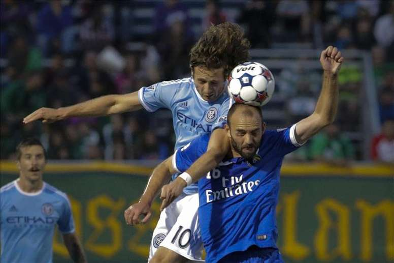 Man City have reportedly signed Mix Diskerud from their sister club. EFE