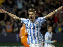 El centrocampista Samuel Castillejo celebra un gol en el estadio de La Rosaleda. EFE/Archivo