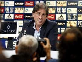 El director deportivo de la Real Sociedad, Lorenzo Juarros Loren, recientemente renovado por el club, en el estadio de Anoeta de San Sebastián. EFE/Archivo