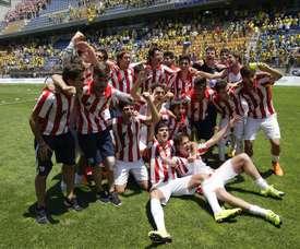El Bilbao Athletic venció a la Real Sociedad B por 0-3. EFE