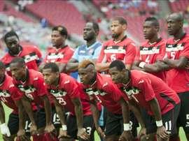 Los titulares de la selección nacional de fútbol de Trinidad y Tobago fueron registrados este domingo antes de enfrentar a Cuba, previo a un partido del grupo C de la Copa Oro, en el estadio de la Universidad de Phoenix (Arizona, EE.UU.). Los trinitarios se impusieron 2-0 y accedieron a los cuartos de final del certamen. EFE