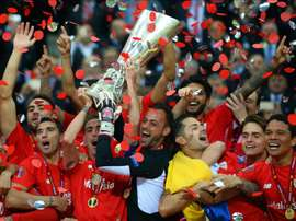 Beto se va del Sevilla con tres títulos de Europa League. EFE