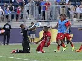 Los goles fueron marcados al minuto 55 por el delantero Roberto Nurse, que puso a Panamá con la ventaja de 0-1, pero Estados Unidos igualó con Clint Dempsey a los 70. EFE
