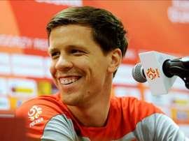 O goleiro polaco está jogando esta temporada no Roma emprestado pelo Arsenal. EFE