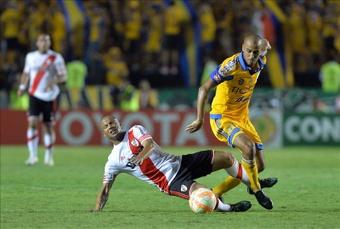 River y su representante en el fútbol mexicano. EFE