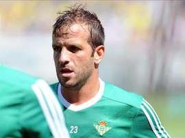 Van der Vaart no ha cuajado en el Betis. EFE