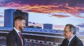 Sergio Ramos y Florentino Pérez. EFE