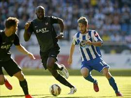Sissoko (c) in action for former club Levante. EFE