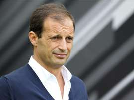 Massimiliano Allegri has admitted that his young Juventus side are naive side. EFE