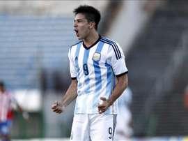 Giovanni Simeone célèbre un but avec l'Argentine. EFE