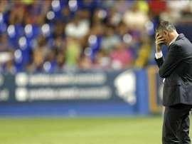 El técnico del Levante UD Lucas Alcaraz durante el partido frente al Celta de Vigo. EFE/Archivo