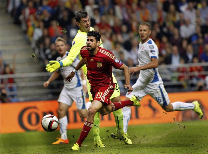 Diego Costa llama a ganar confianza contra Alemania y Argentina