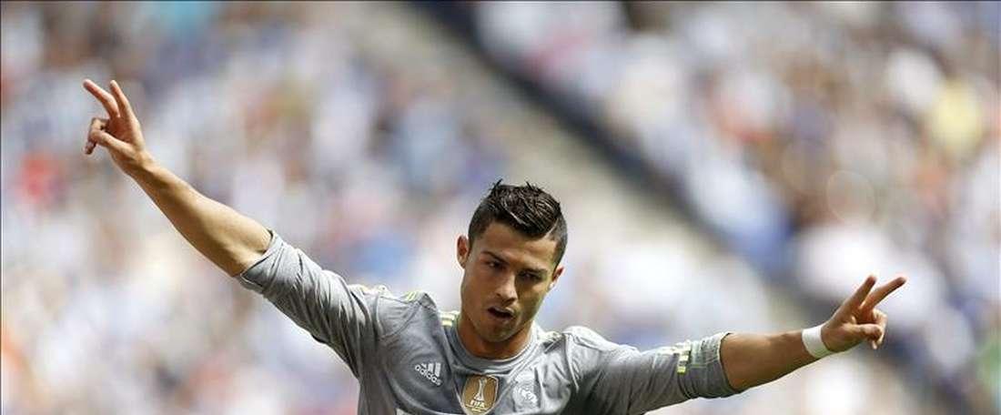 Cristiano no es uno de los diez mejores poniendo faltas, según EA Sports. EFE