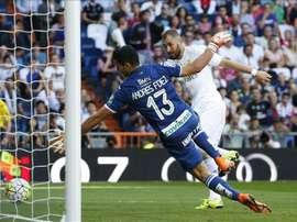Andrés Fernández, alors au Grenade, lors d'un match contre le Real Madrid à Santiago Bernabéu. EFE