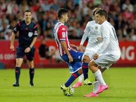 El sportinguista Nacho Cases es seria duda para jugar ante el Deportivo. EFE