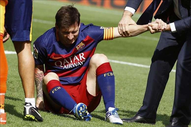 La entrada a Messi que estuvo a punto de cambiar la historia del fútbol. EFE