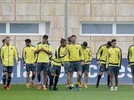 Los jugadores del Villarreal, durante el entrenamiento. EFE