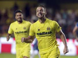El delantero del Villarreal Roberto Soldado celebra un gol. EFE/Archivo