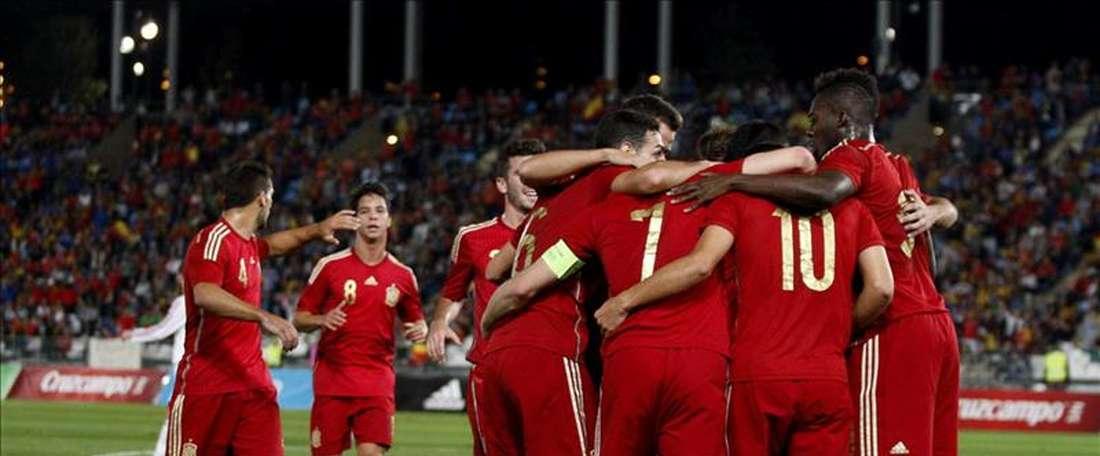 Los jugadores de la selección español sub-21 celebran un gol. EFE/Archivo