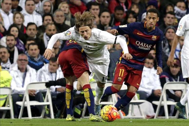 VIDÉO : retour sur le 0-4 du Barça au Bernabéu. EFE