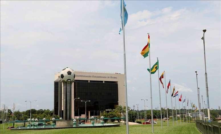 La CONMEBOL podría quitar el valor doble de los goles marcados fuera de casa. EFE/Archivo