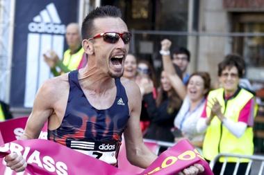 El atleta catalán, Carles Castillejo, celebra una victoria. EFE/Archivo