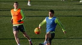 Com Bale e James em Vigo. EFE