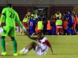 Jugadores de Haití celebran su victoria ante Trinidad y Tobago este 8 de enero de 2016, después de un partido por la clasificación a la Copa América Centenario en la ciudad de Panamá (Panamá). EFE