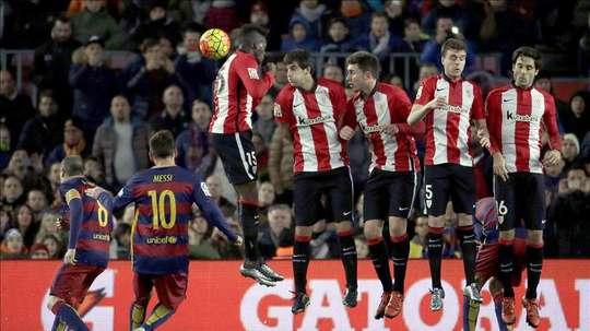 Messi es uno de los mejores lanzadores de faltas del planeta. EFE