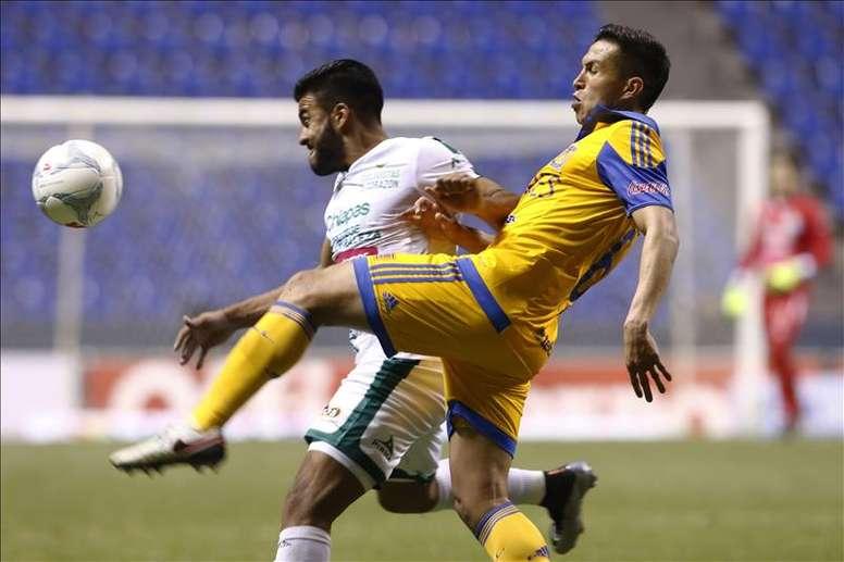 Dueñas sufrió la ira de los aficionados de Veracruz. EFE/Archivo