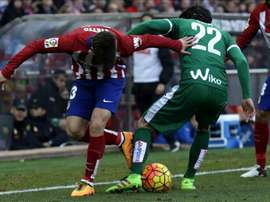 Jota Peleteiro se ha vuelto a lesionar, aunque esta vez sólo por un mes. EFE
