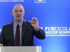 El director de La Masía, la institución que forma a futuros talentos en el Barcelona FC de España, Carles Folguera, presenta la charla La Masía del Fútbol Club Barcelona: el camino es la clave en Santo Domingo (República Dominicana). EFE
