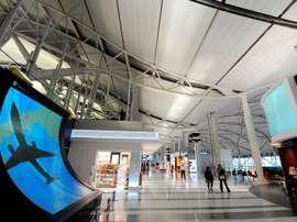 Imagen del aeropuerto internacional Kansai en Osaka (Japón), donde ha aterrizado el equipo norcoreano de fútbol femenino. EFE/Archivo