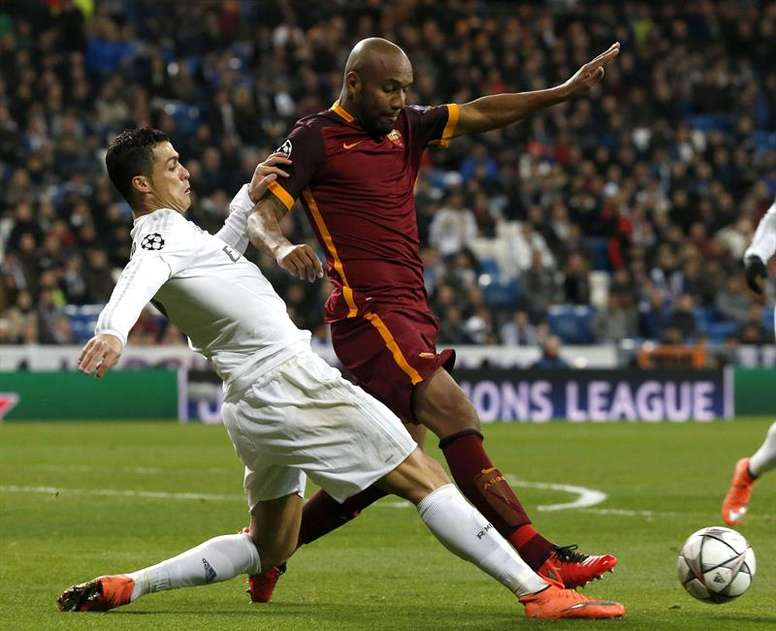 Maicon could move to Italy. EFE