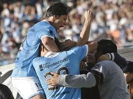 El Valencia tiene una opción preferencial sobre varios futbolistas de Racing. EFE/Archivo