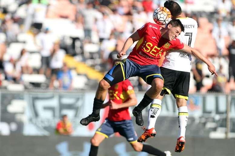 Colo Colo no pasa del empate en su debut en la Copa. EFE