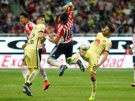 Los de Miguel Herrera se llevaron los tres puntos en el 'Superclásico'. EFE/Archivo