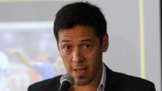 Camoranesi es el favorito para el banquillo de Chivas. EFE/Archivo