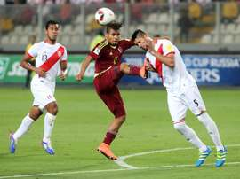 El Valencia podría intentar el fichaje de Carlos Zambrano. EFE