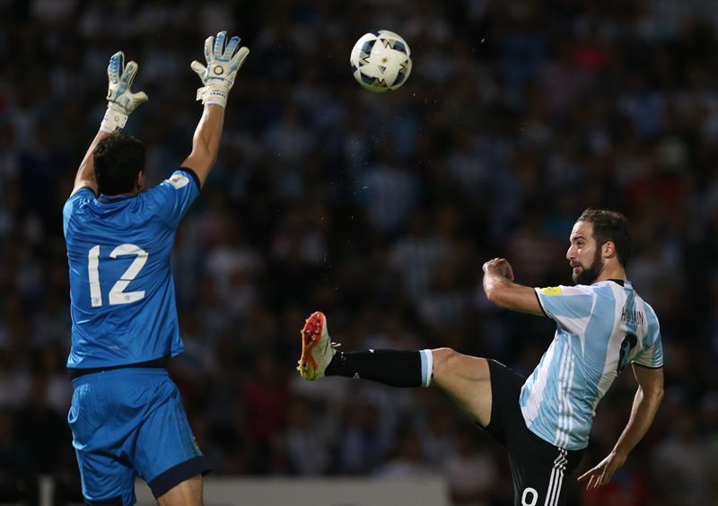 Higuaín admitió que pensó en dejar el fútbol