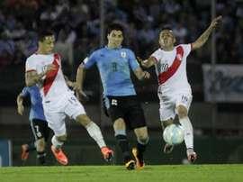 Perú, aliviada por la ausencia de Messi. EFE