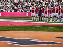 Aficionados y directivos del Ajax están planteando poner el nombre de Cruyff a su estadio. EFE/EPA
