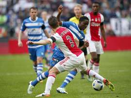 Joel Veltman and Kenny Tete are of interest to Frank de Boer's Palace. EFE
