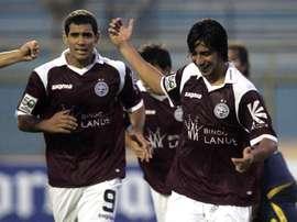 En la imagen jugadores del Lanús de Argentina. EFE/Archivo