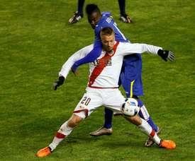 Le han dejado sin efecto la amarilla recibida ante el Oviedo. EFE