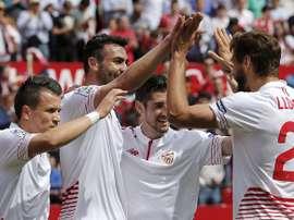 El Sevilla sigue peinando el mercado en busca de refuerzos. EFE