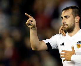 Roig says Valencia should do all they can to bring Paco Alcácer back to the club. EFE