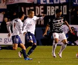 Después del 0-0 en Montevideo, el 2-2 en Brasil dio el pase a Nacional ante Corinthians. Archivo/EFE