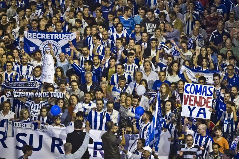 Vendieron al Recreativo de Huelva por un euro — Estaban de oferta